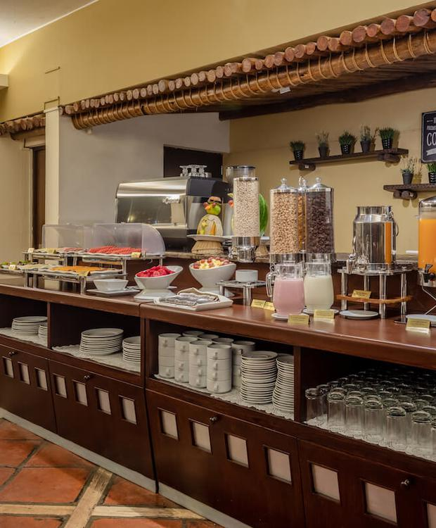 Buffet Sonesta Hotel Posadas del Inca Puno Puno