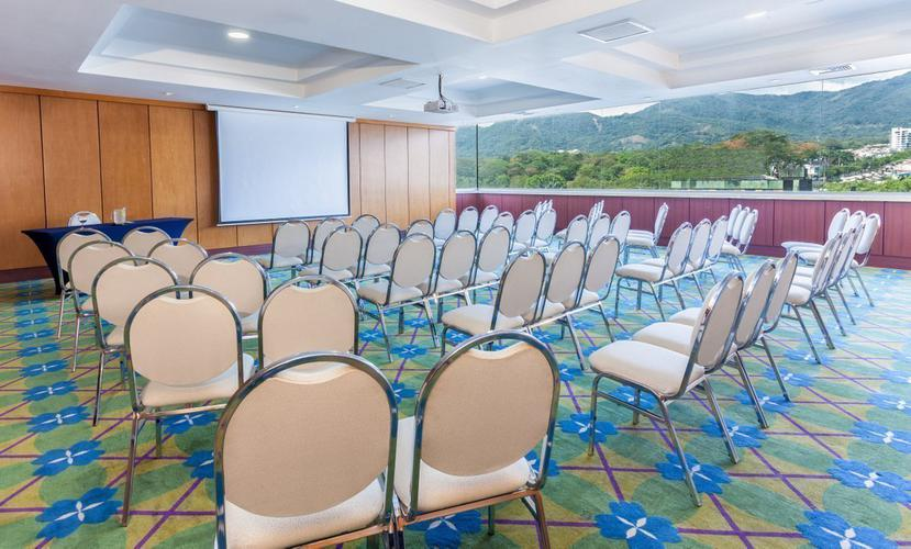 Meeting room ghl hotel grand villavicencio