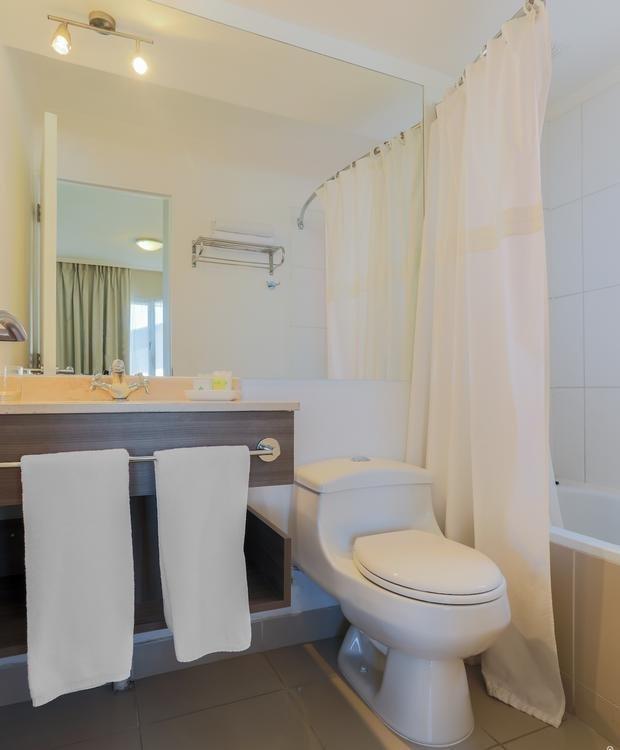 Bath Hotel Geotel Calama Calama