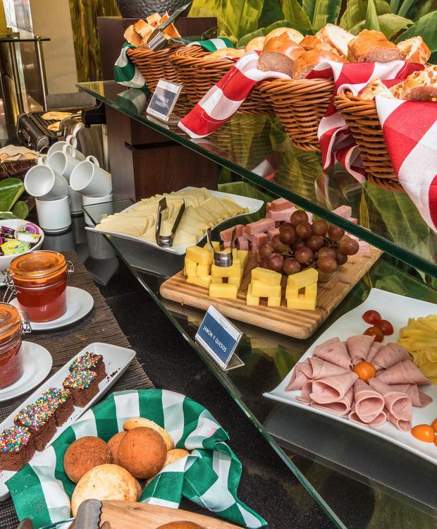 Buffet GHL Abadía Plaza Hotel Pereira