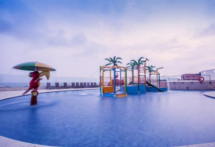 Swimming pool for kids relax corales de indias hotel ghl cartagena