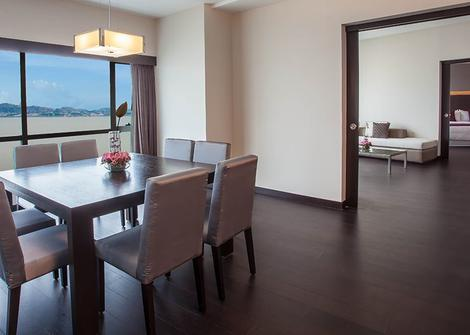 PRESIDENTIAL SUITE 1 BED RIVER VIEW Wyndham Guayaquil Hotel Guayaquil