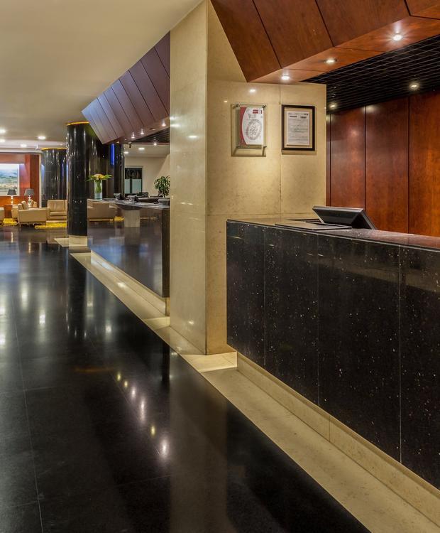 Lobby GHL Hotel Capital GHL Capital Hotel Bogotá