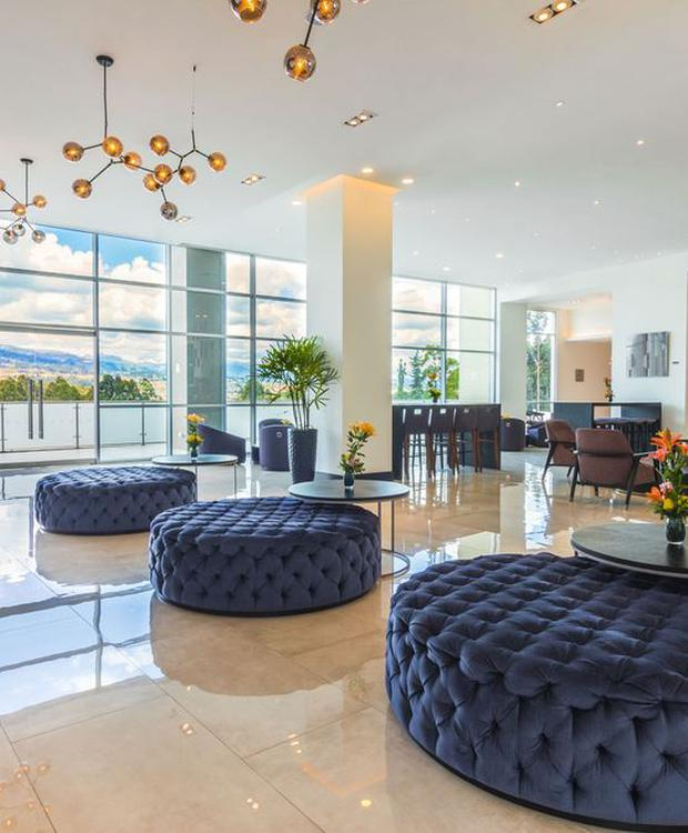 Lobby Hotel Four Points by Sheraton Cuenca Cuenca