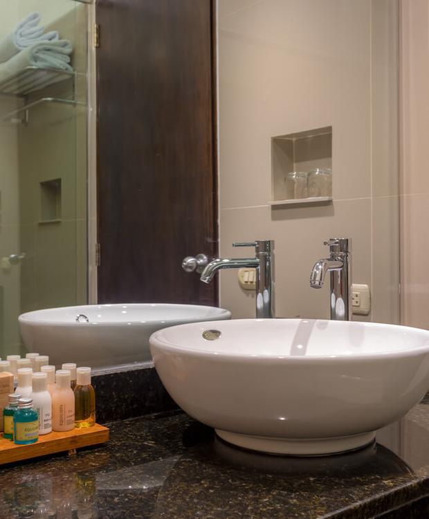 Baños Habitaciones Sonesta Hotel Posadas del Inca Puno Puno