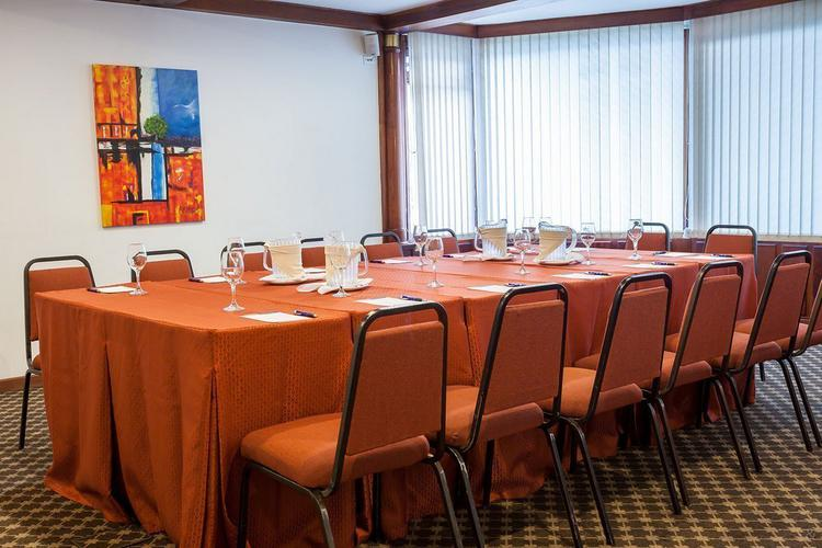 Meeting room ghl style hotel belvedere bogota