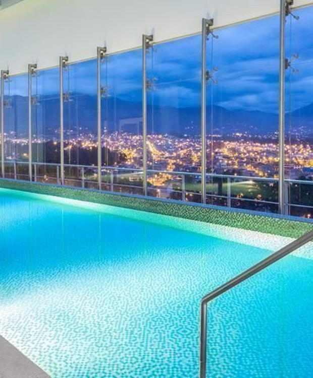 Pool Hotel Four Points by Sheraton Cuenca Cuenca