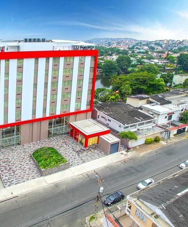 Facade Radisson Hotel Guayaquil Guayaquil