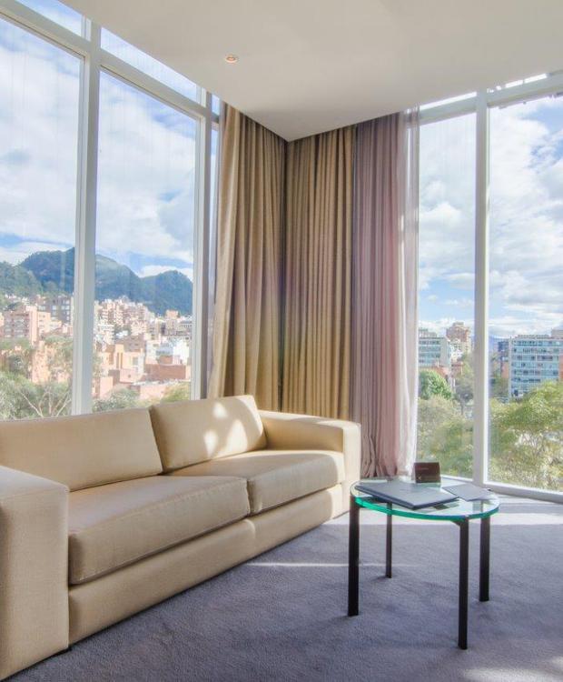 Sala Habitación Master King Bioxury Hotel Bogotá
