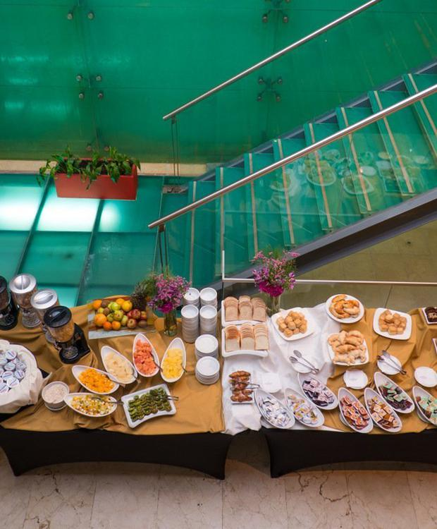 Gastronomic service of excellence and for all tastes. Howard Johnson Hotel & Suites Córdoba