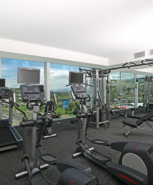 Gym Sheraton San José Hotel San José
