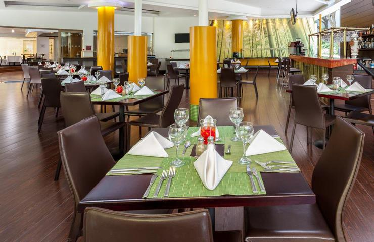 Cook´s restaurant four points by sheraton medellín hotel