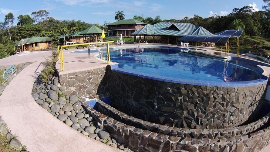 Swimming pool orkidea orkidea lodge puyo