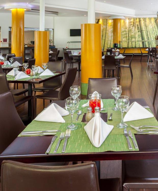 Restaurante Cook´s Four Points By Sheraton Medellín Hotel Medellín