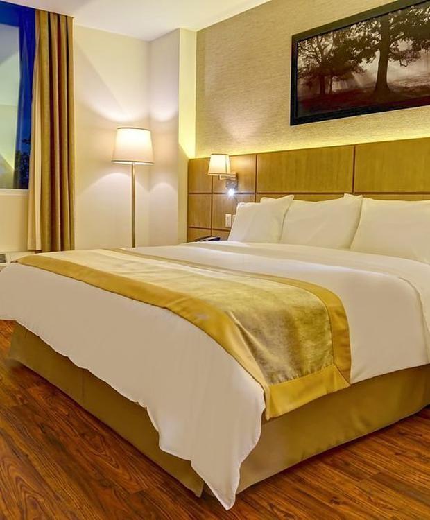 Standard king room Radisson Hotel Guayaquil Guayaquil