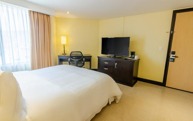 STANDARD ROOM Hotel Four Points By Sheraton Cali Cali