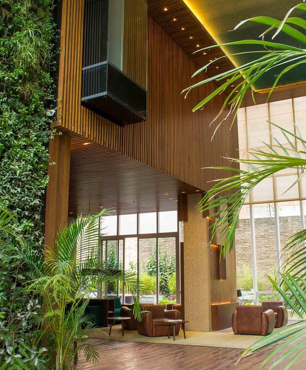 Entrada Bioxury Hotel Bogotá