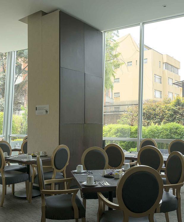 Mesa GHL Collection 93 Hotel Bogotá