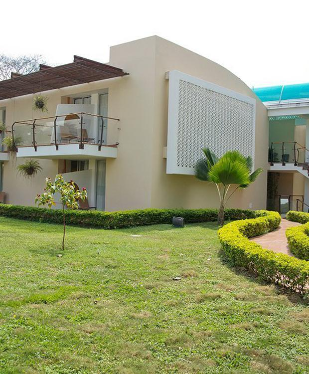 Facade GHL Relax Hotel Club El Puente Girardot