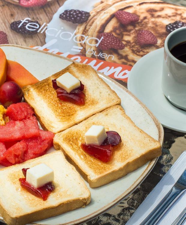 Breakfast Relax Costa Azul Hotel GHL Santa Marta