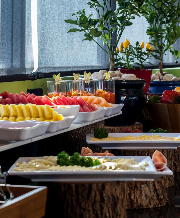 Breakfast buffet GHL Collection Barranquilla Hotel Barranquilla