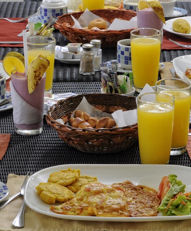 Breakfast GHL Relax Hotel Makana Resort Tonsupa