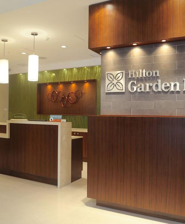 Reception Hilton Garden Inn Panamá Hotel Ciudad de Panamá