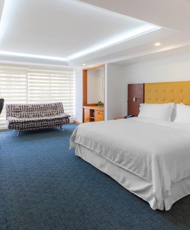 Habitación Junior Suite Four Points By Sheraton Medellín Hotel Medellín