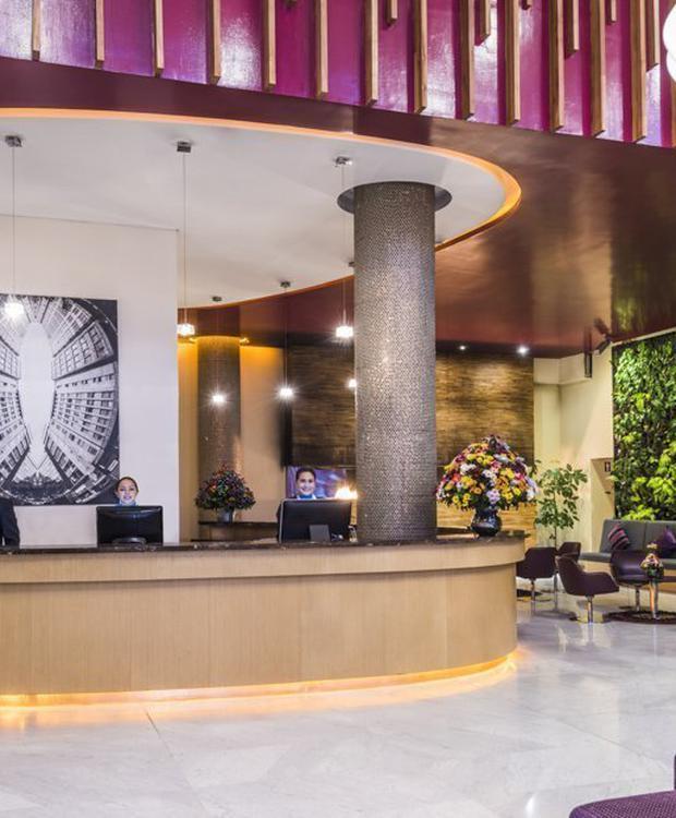 Recepción Sonesta Hotel Bogotá Bogotá