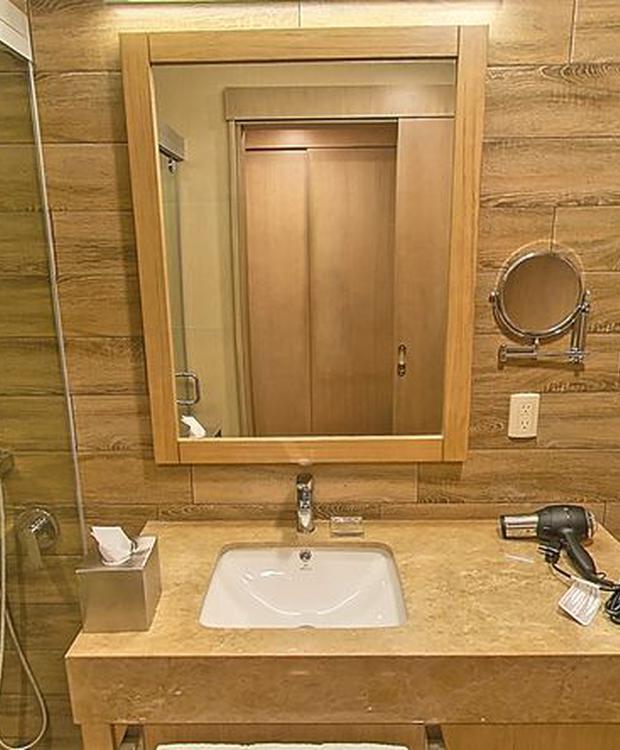 Bathroom Radisson Hotel Guayaquil Guayaquil