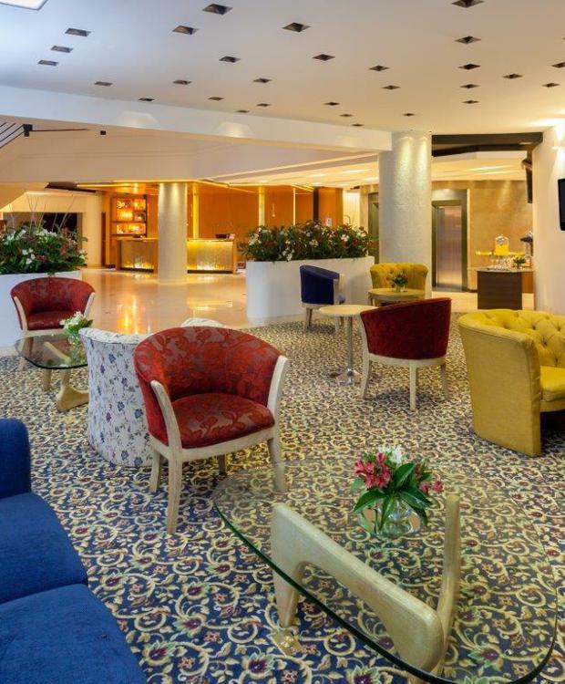Lobby Four Points By Sheraton Medellín Hotel Medellín