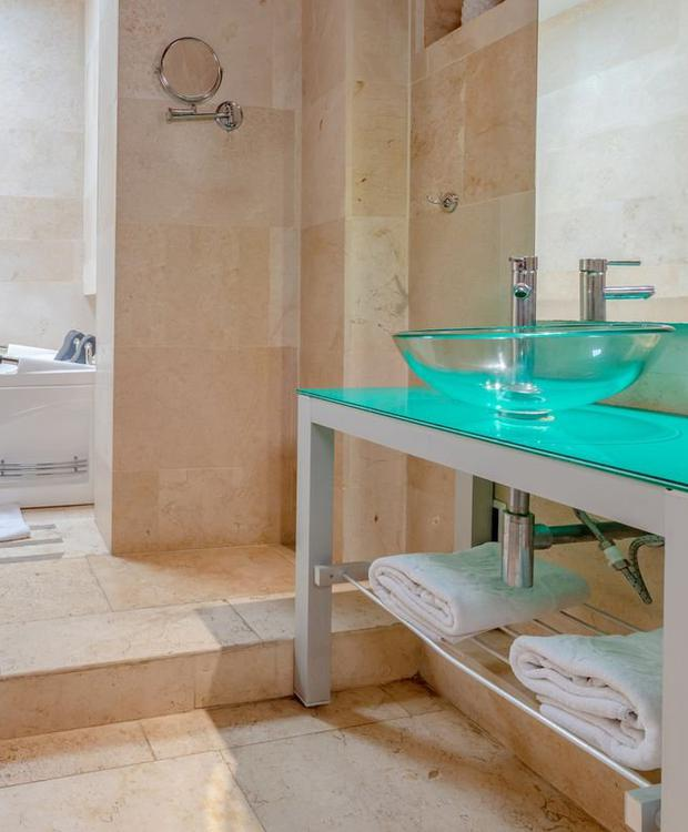 Bathroom GHL Collection Armería Real Hotel Cartagena de Indias