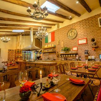 LA DISPENZA TRATTORIA PIZZAS & PASTAS