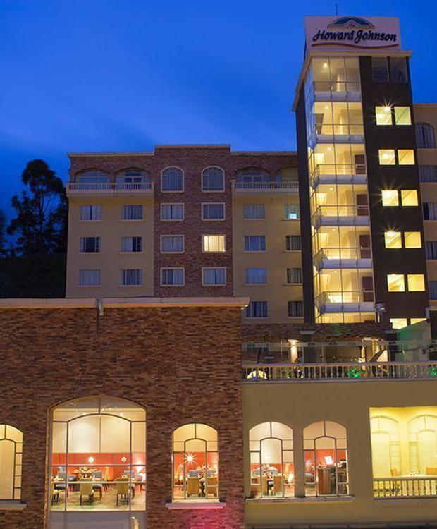 Facade Howard Johnson Loja Hotel Hotel Loja