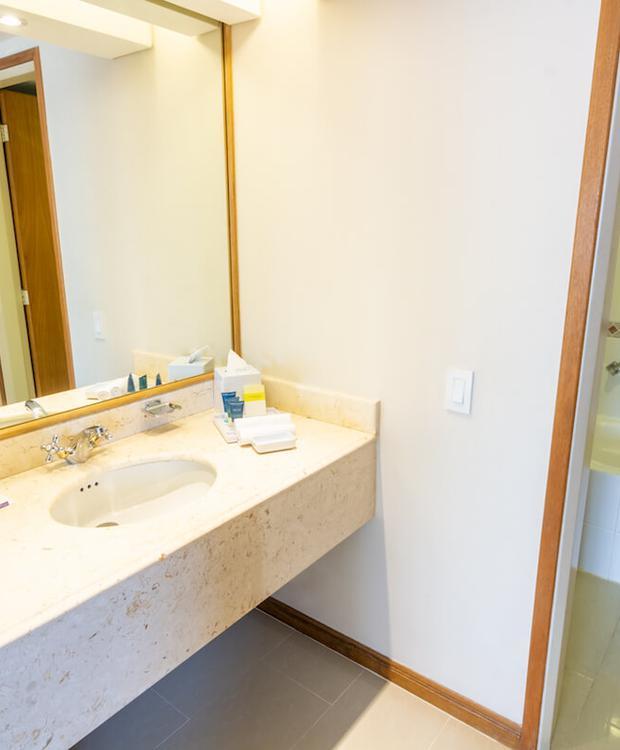 Bathroom Hotel Four Points By Sheraton Cali Cali