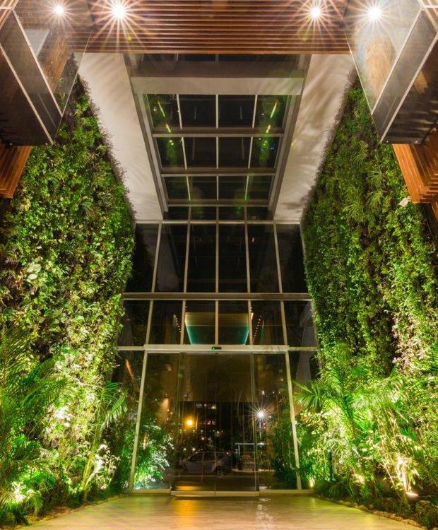 Salida al Jardín Bioxury Hotel Bogota